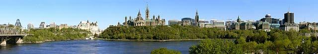 Ottawa by G. Baranski - http://photomulti.com [CC BY-SA 3.0 (https://creativecommons.org/licenses/by-sa/3.0)]
