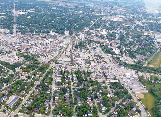 Guelph by J. S. (Steve) Bond / CC BY-SA (https://creativecommons.org/licenses/by-sa/4.0)