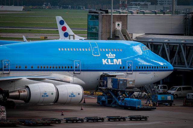 Amsterdam Airport by https://www.flickr.com/photos/archangel12/