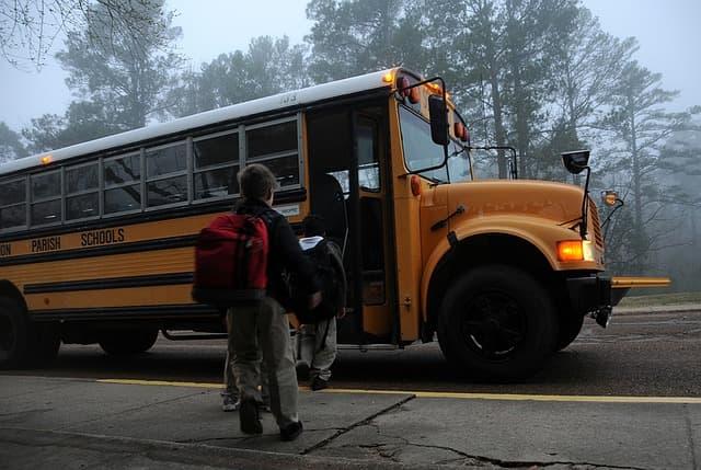 School bus via https://pixabay.com/photos/back-to-school-school-pen-pencil-183533/