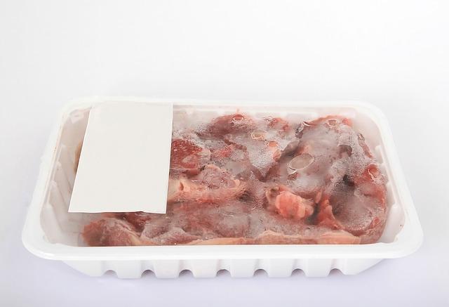 Frozen beef via https://pixabay.com/en/beef-braising-brisket-catering-1238813/