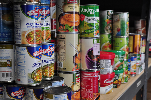 Canned food by Salvation Army USA West via https://www.flickr.com/photos/tsausawest/8508069576