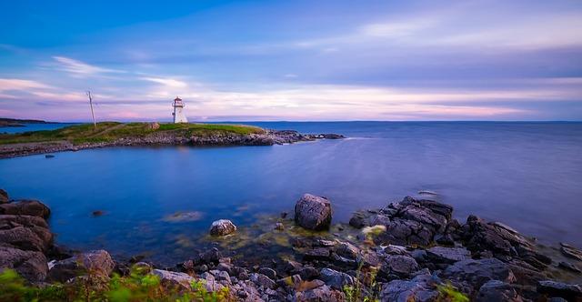 Cap Auget, Nova Scotia via https://pixabay.com/en/cap-auget-lighthouse-light-landmark-1986417/