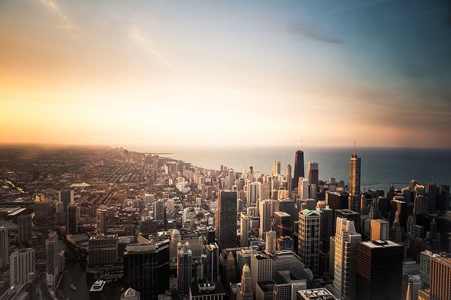 Chicago via https://pixabay.com/en/chicago-usa-america-united-states-690364/