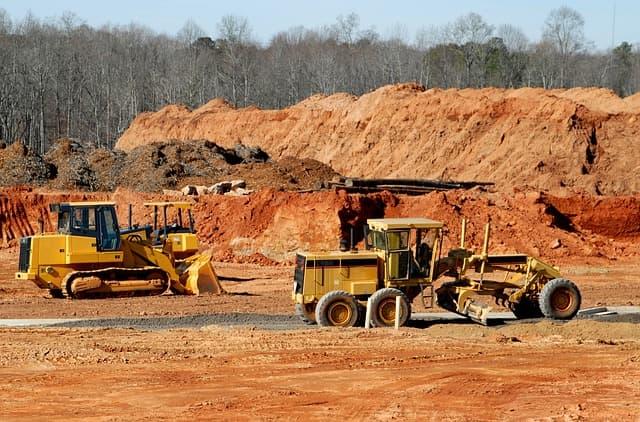 Construction via https://pixabay.com/photos/construction-site-heavy-equipment-1646662/