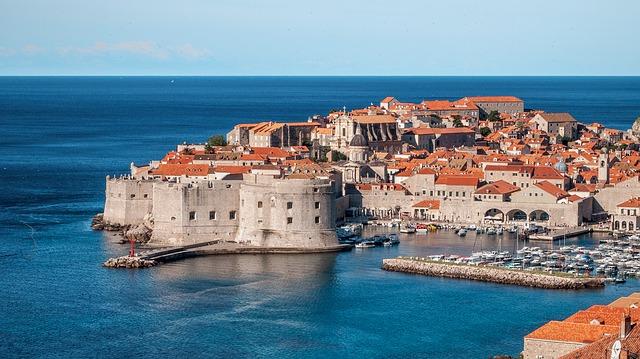 Dubrovnik https://pixabay.com/en/dubrovnik-croatia-kings-landing-512798/