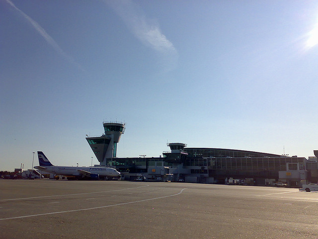 Helsinki Airport by https://www.flickr.com/photos/pwever/