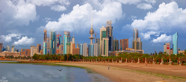Kuwait City via https://www.flickr.com/photos/dalo9999/5349263492
