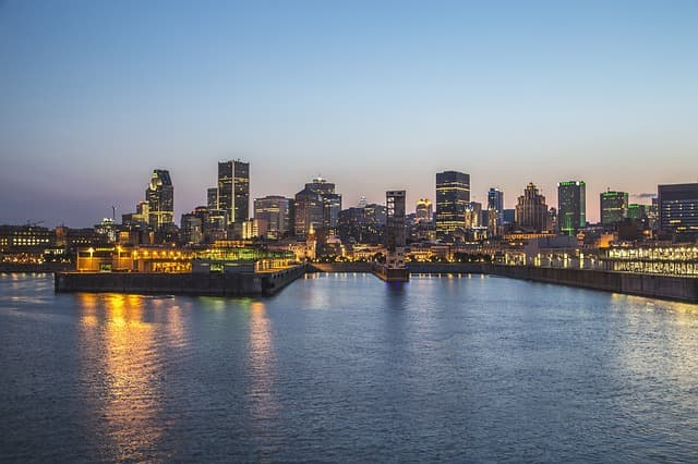 Montreal via https://pixabay.com/en/montreal-city-building-cityscape-506130/
