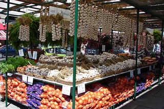 Ottawa Market by https://www.flickr.com/photos/miroab/
