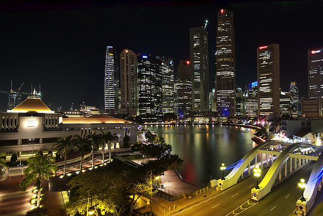 The Parliament House at the Singapore River by William Cho https://flic.kr/p/7nvqTH