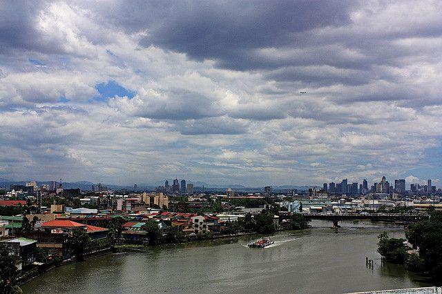 Pasig River, Manila by Bar Fabella