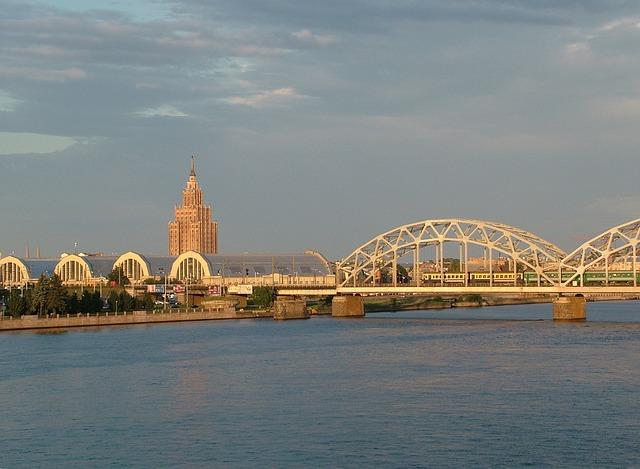 Daugava Bridge in Riga via https://pixabay.com/en/latvia-riga-daugava-bridge-171154/