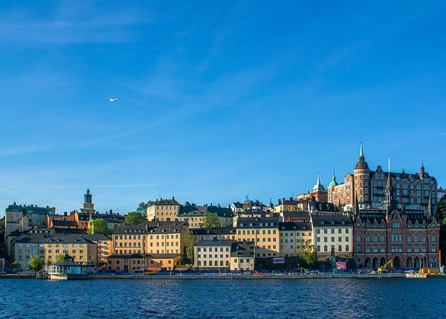 Stockholm via https://pixabay.com/en/sweden-stockholm-pier-beach-996001/