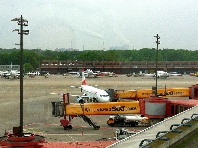 Tegal Airport by https://www.flickr.com/photos/andynash/