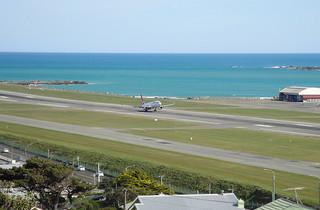 Wellington Airport by https://www.flickr.com/photos/judemasti/