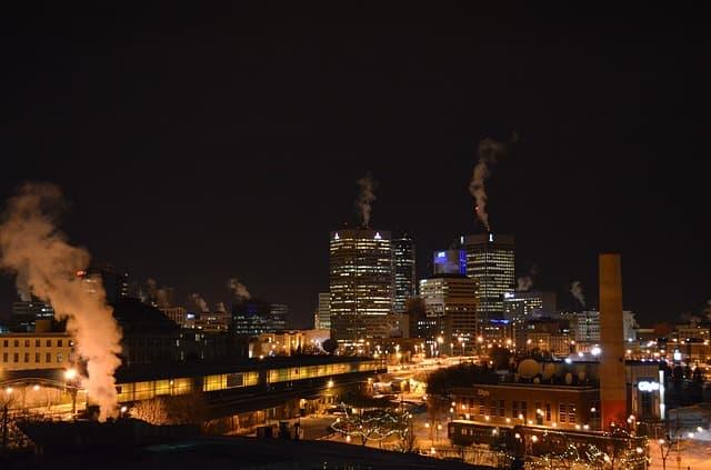 Winnipeg via https://pixabay.com/photos/winnipeg-canada-night-evening-76909/