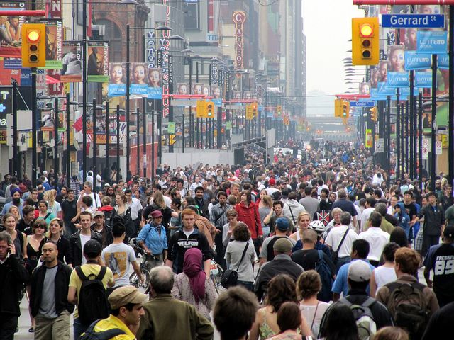 Yonge Street in Toronto by https://www.flickr.com/photos/loozrboy/