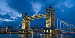 Tower Bridge by By Diliff (Own work) [CC-BY-SA-3.0 (http://creativecommons.org/licenses/by-sa/3.0) or GFDL (http://www.gnu.org/copyleft/fdl.html)], via Wikimedia Commons