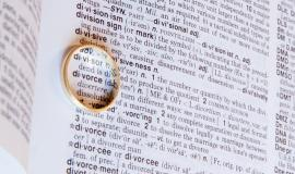 Marriage certificate via https://pixabay.com/en/divorce-separation-marriage-breakup-619195/