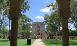 University of Queensland By Sedination at en.wikipedia [GFDL (http://www.gnu.org/copyleft/fdl.html), CC-BY-SA-3.0 (http://creativecommons.org/licenses/by-sa/3.0/) or GFDL (www.gnu.org/copyleft/fdl.html)], from Wikimedia Commons