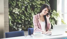 Skilled Woman via https://pixabay.com/en/woman-working-business-woman-laptop-690036/