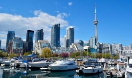 Toronto via https://pixabay.com/en/toronto-canada-cn-tower-skyscrapers-1426205/