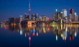 Toronto via https://pixabay.com/en/buildings-can-cn-tower-canada-2297210/