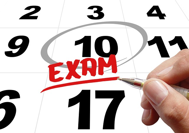 Exam date via https://pixabay.com/en/time-exam-testing-test-hand-leave-481447/