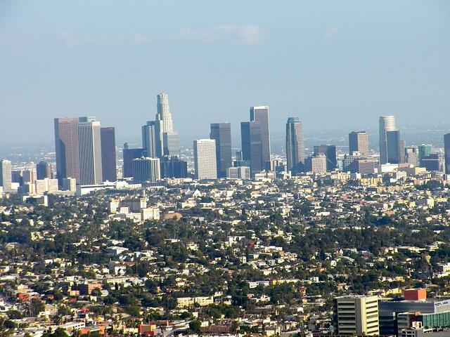 Los Angeles via https://pixabay.com/en/los-angeles-city-california-skyline-402011/