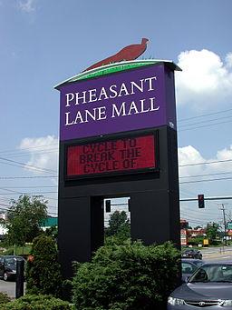Pheasant Lane Mall By Jutras Signs [CC0], via Wikimedia Commons