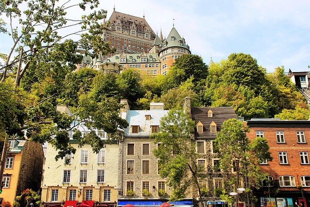 Quebec City via https://pixabay.com/en/canada-quebec-old-quebec-frontenac-1092344/