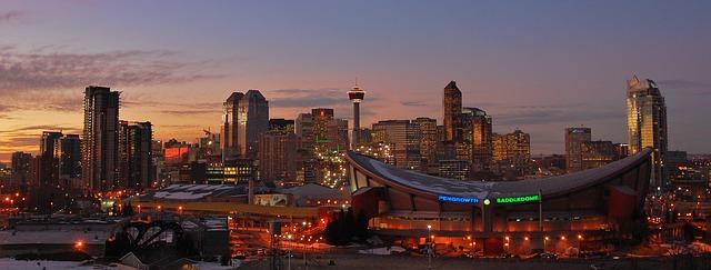 Calgary https://pixabay.com/en/skyline-calgary-cityscape-night-866032/