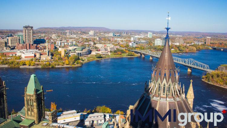 Ottawa via https://pixabay.com/photos/ottawa-canada-city-urban-skyline-1863754/